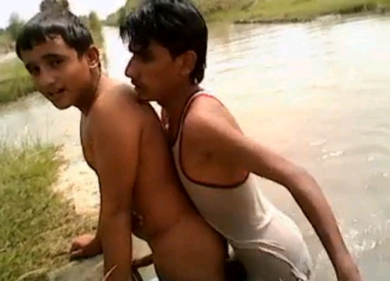 Sex with indian gay