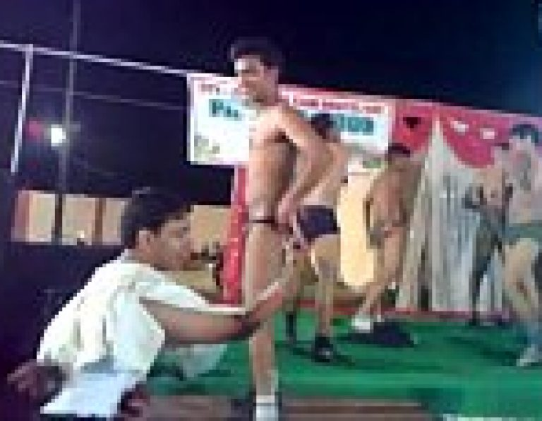 Indian college gay boys nangi masti in group night party