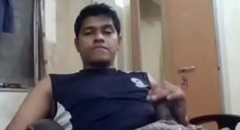 Delhi university college Indian gay student masturbation online