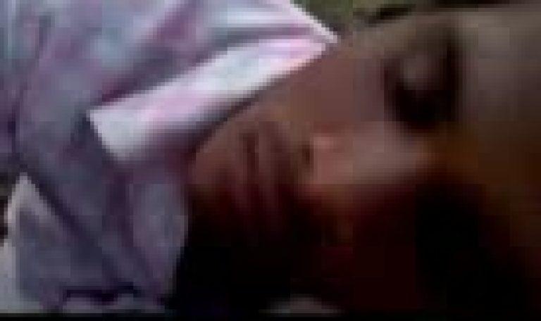 Indian desi gay dude suck big dick and eat cum in park