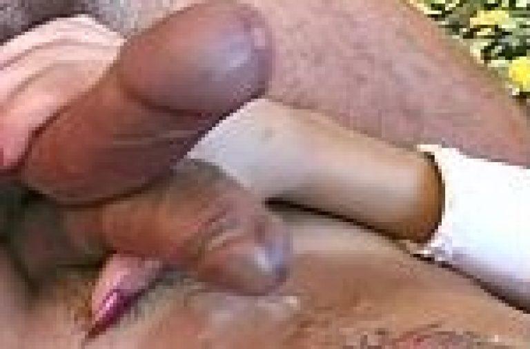 Desi gay porn video of hijra shemale cumshot masti with gandu