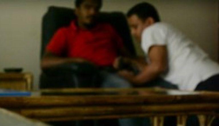 Grand gandu Indian gay blowjob masti by Bihari office colleagues